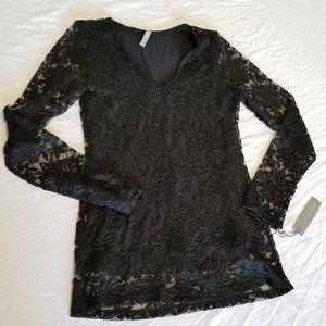 NWT Last Tango Long Sleeve Lace V Neck Top